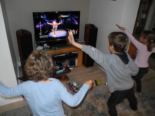 Just Dance 4 Le Jeu Video Qu Il Vous Faut Pour Traverser L Hiver